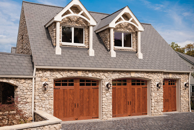 Residential Garage Doors Green Bay Wi Alpine Sales And Service